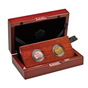 The 95th Birthday of Her Majesty The Queen Birth Year Sovereign Set